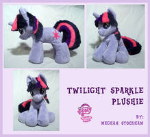 Twilight Sparkle Plushie by nooby-banana
