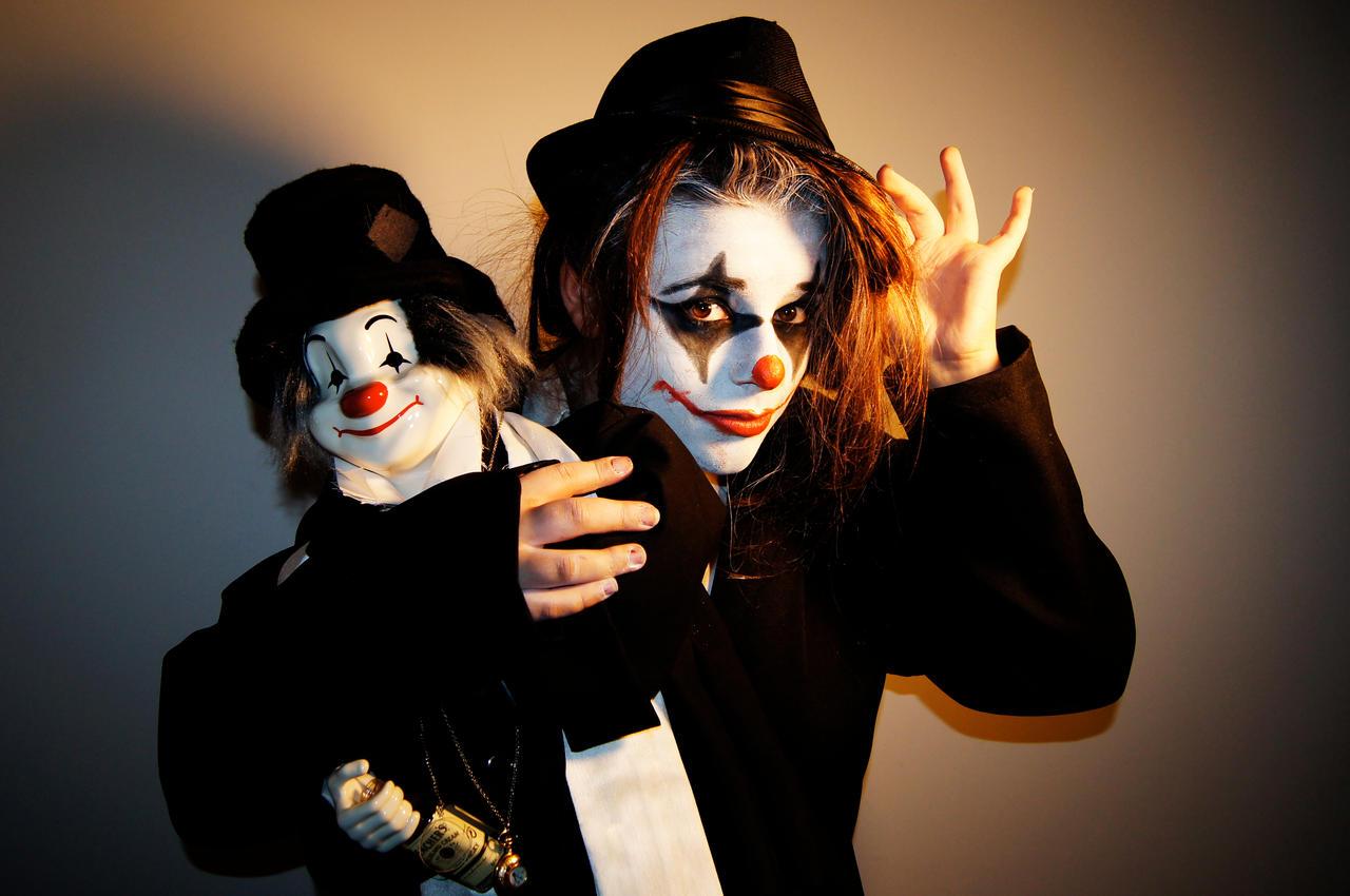 Clown 4 by PenguinJa