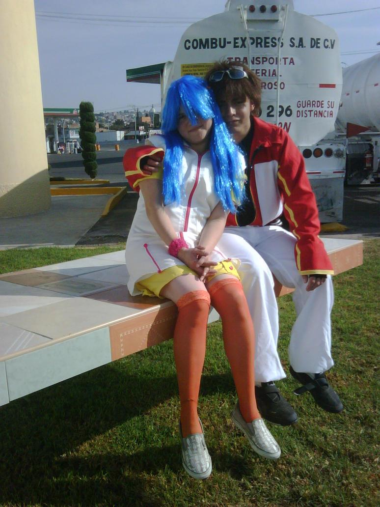 http://th01.deviantart.net/fs71/PRE/i/2011/161/4/c/bakugan_cosplay___dan_x_runo_by_naria_chan-d3ijgoh.jpg