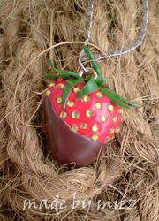 Chocolate Strawberry Necklace by miez by words-with-4-letters