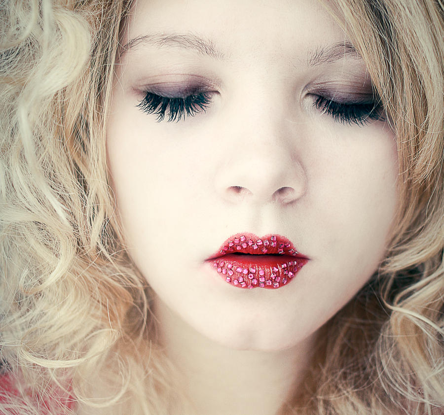 lip gloss by addnill