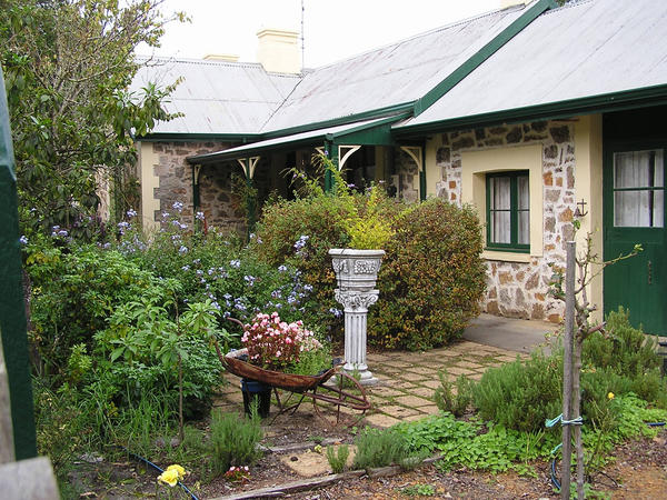 Stone Cottage Series 19