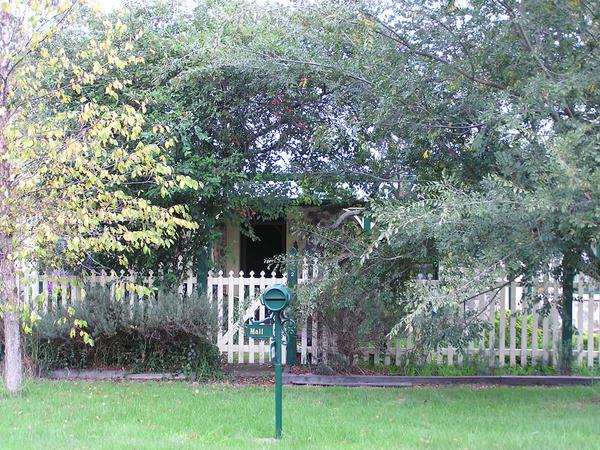 Stone Cottage Series 20