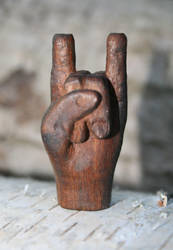 Sign of the horns Pendant