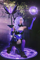 Elementalist Lux: Dark by JubyHeadshot