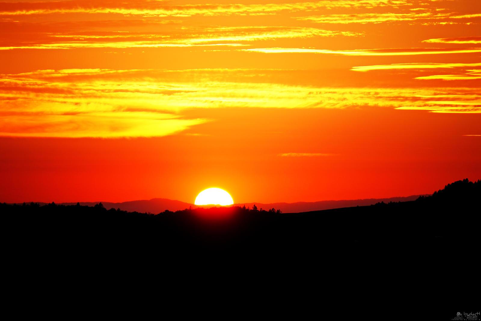Half Sun by LeWelsch