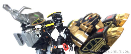 Black Ranger by 0PT1C5