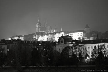Prague Castle at night by luciasek