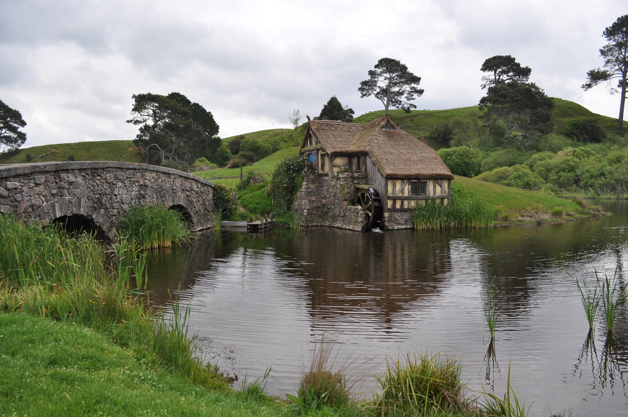 shire in NZ by iRISSIEL on DeviantArt