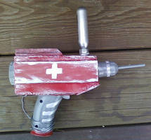 medic gun from Killing Floor by blueeyedfreak