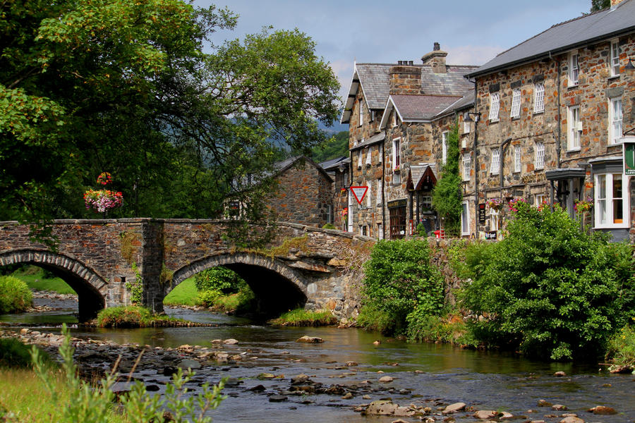 beddgelert chat sites We'll also show you properties one day either side of your date selection this helps us show you better options over different changeover days.