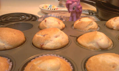 Me and Pinkie Pie baking 5 by goukai