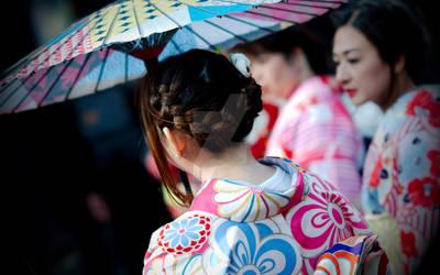 Kimono Wearing Women