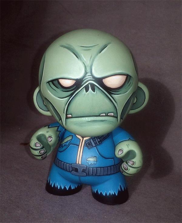 Fallout Ghoul Mini-Munny by ReverendBonobo