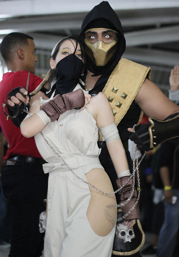 SCORPION COSPLAY AND IBUKI COSPLAY by carolinaangulo