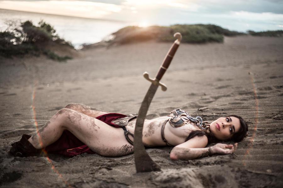 Slave Leia Cosplay by caroangulito