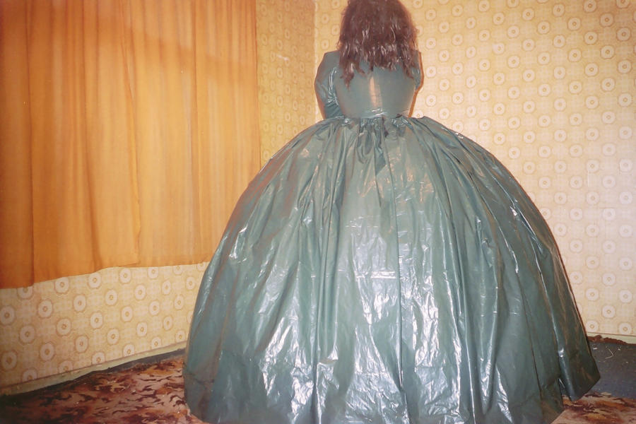 inflatable ball gown by puncturegown