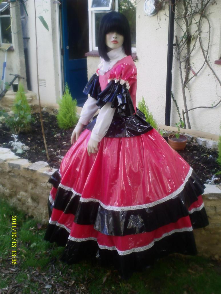 Lady sara photo 2