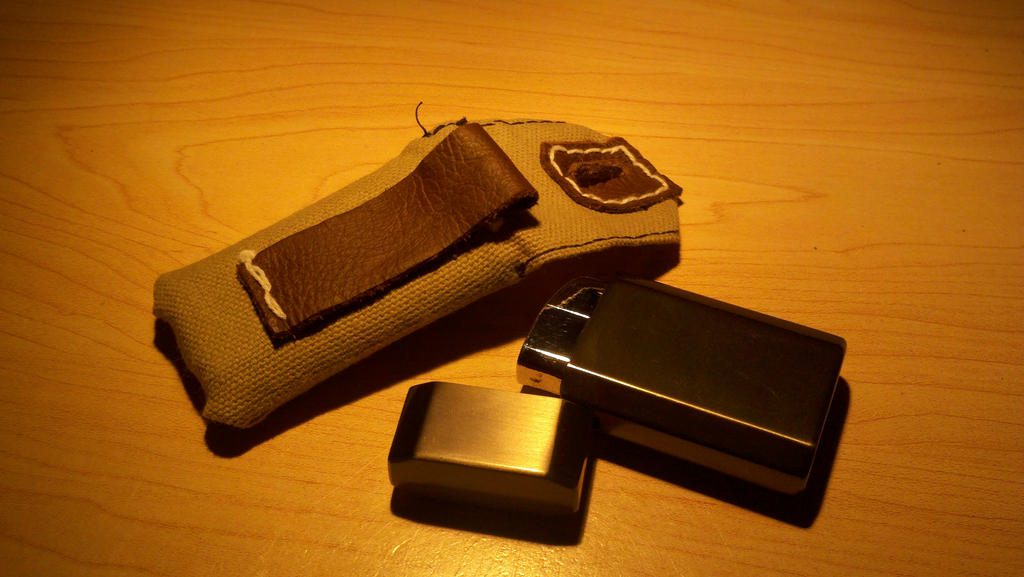 Lighter pouch view 2 open by Panzer-13