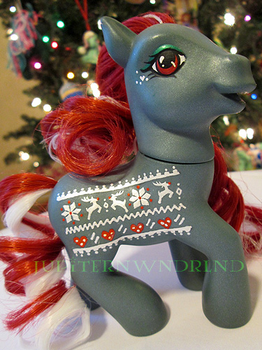 Christmas sweater by jupiternwndrlnd
