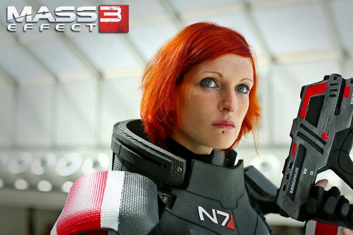 Cmdr. Valkyria Shepard on Duty by LadyTenebraeTabris