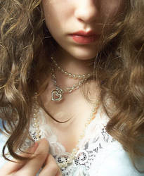 Girl in Pearls