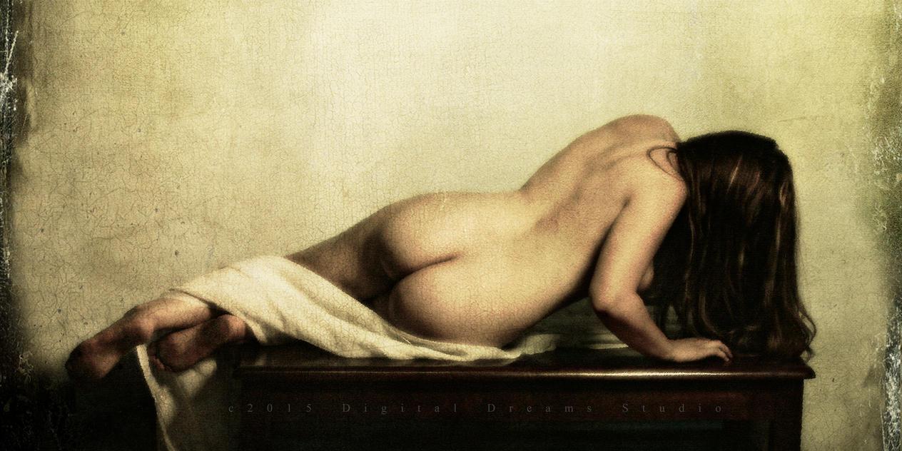Reclining Nude by TruemarkPhotography
