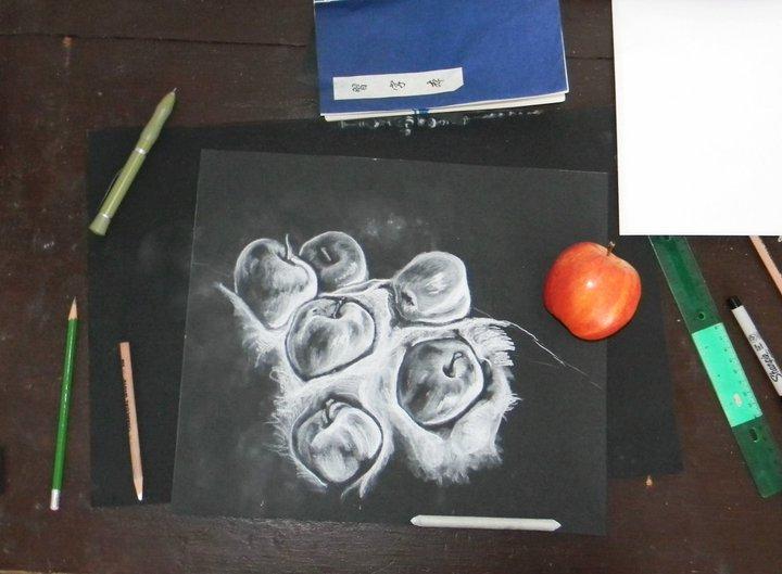 APPLES by artistkatelynne