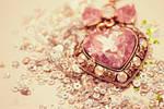 Dainty Heart I by serafleur
