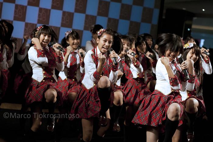 JKT48 - Aitakatta by marcoTJ