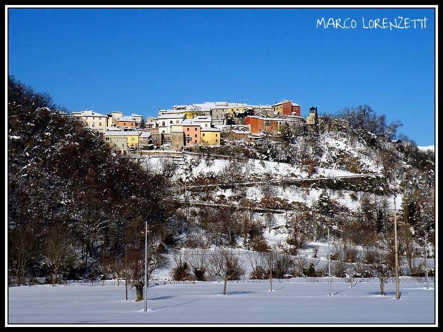 CACCIANO DI FABRIANO  (AN) - COLORS UNDER THE SNOW by MarcoLorenzetti