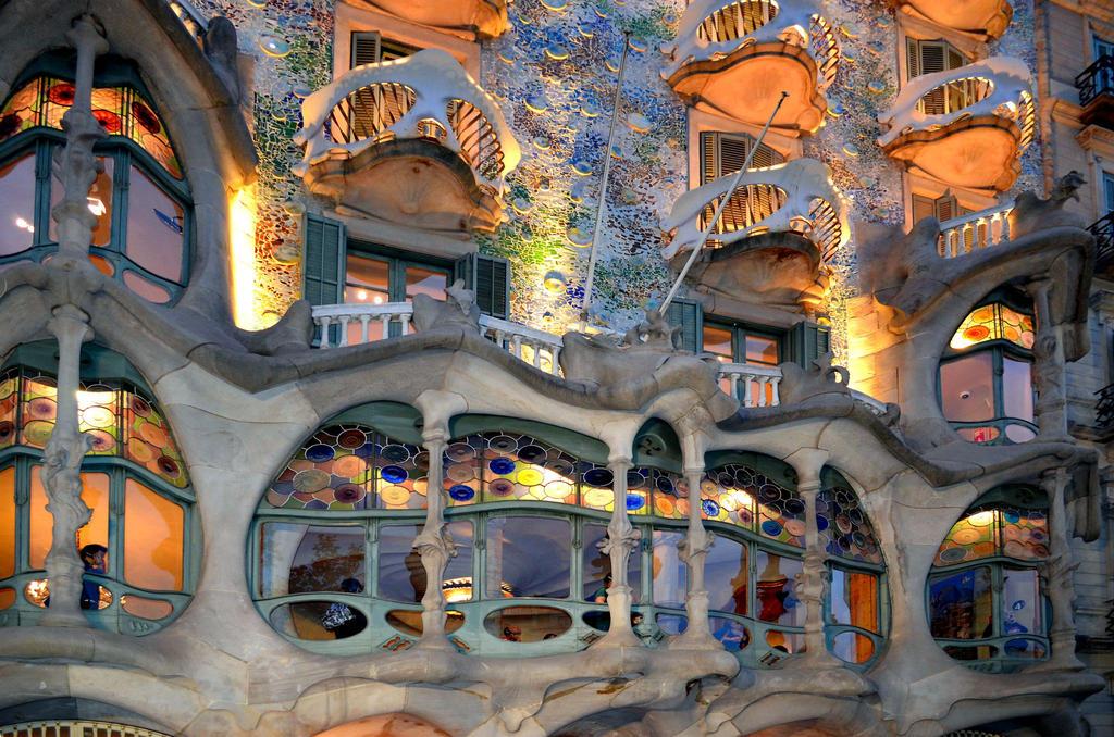 Windows By Antoni Goudi Barcelona Spain By Poddster On