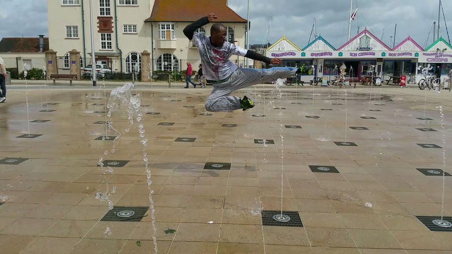 Flying Kick in Lowestoft by TEMPHUiBIS