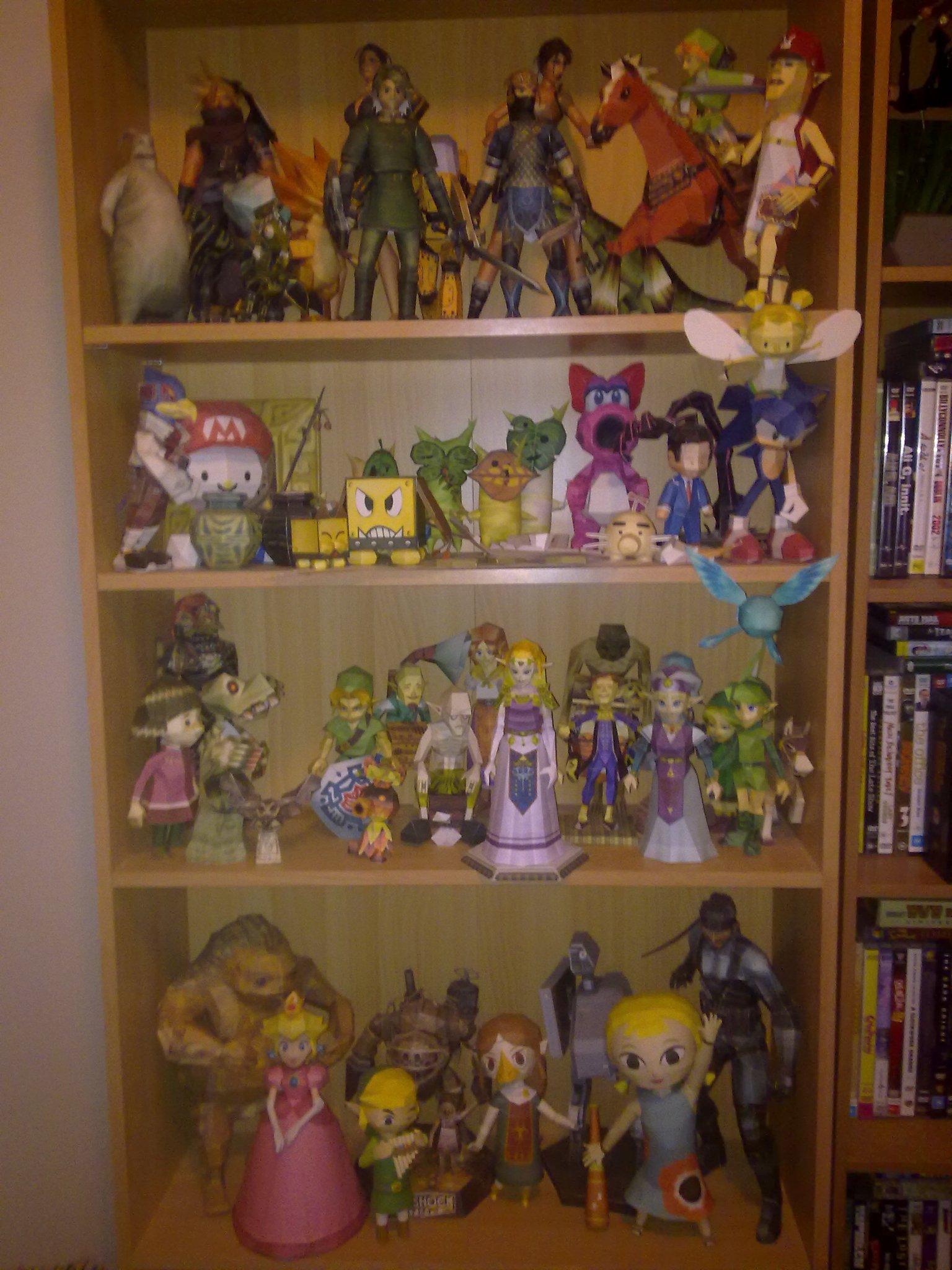 My Shelf of Papercrafts by bratchny