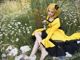 Rin Kagamine Servant of Evil by Ytka Matilda