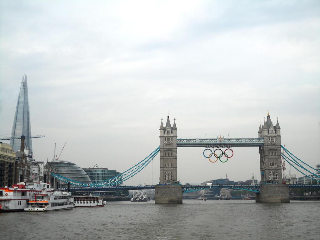 London's Best by A-RaeDArc