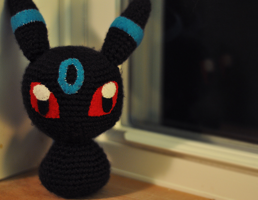 :: Shiny Umbreon :: by CinnriStreusel