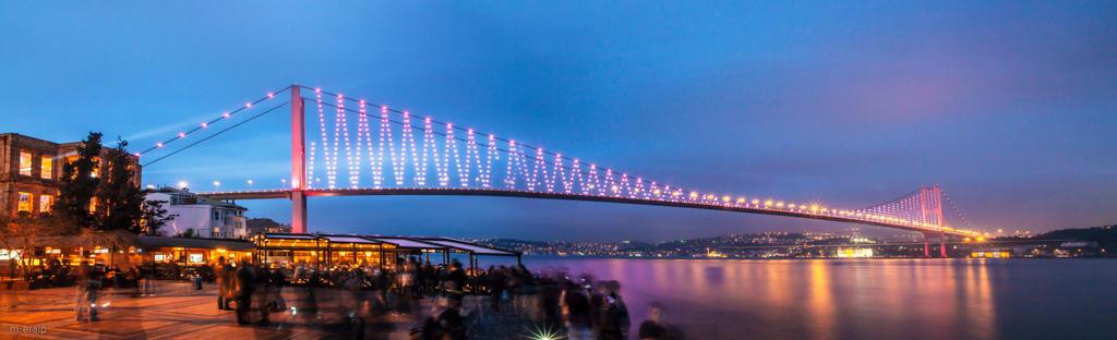 The Bosphorus Bridge by m-eralp