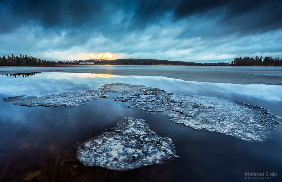 Floating Ice II by m-eralp