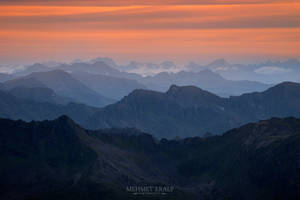Over the mountains and the horizon by m-eralp