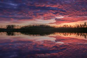 Sunset reflections by m-eralp