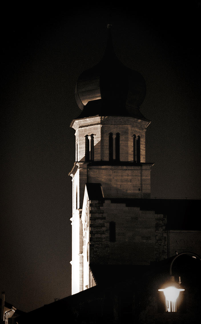 Duomo Di Notte by tortagel