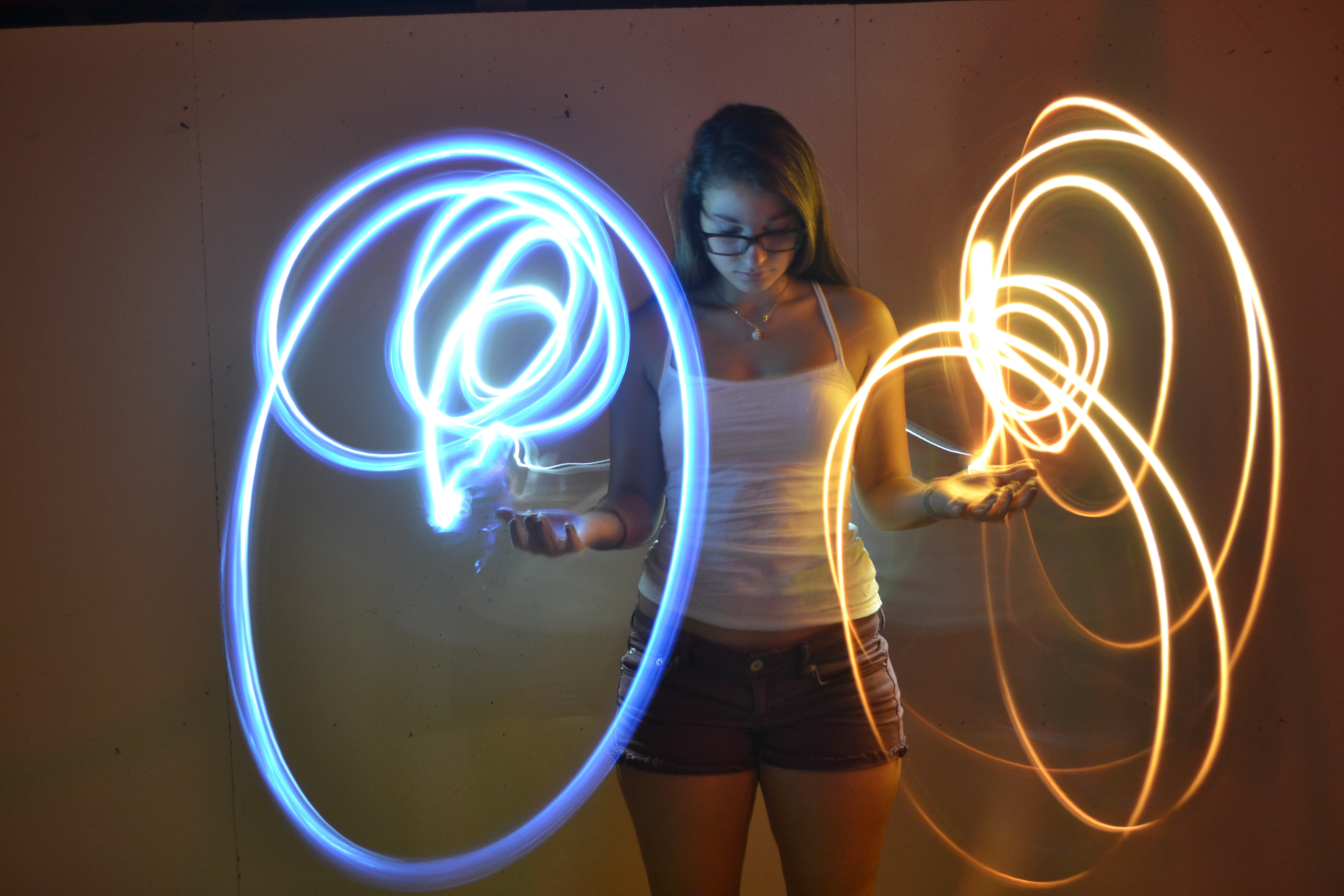 Light Painting Contrast Orbs By Auroraofcha0s