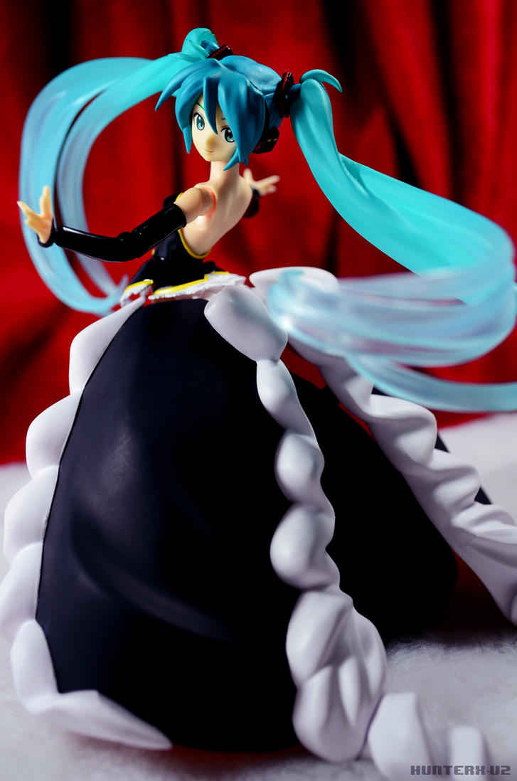 Graceful Miku by HunterX-v2