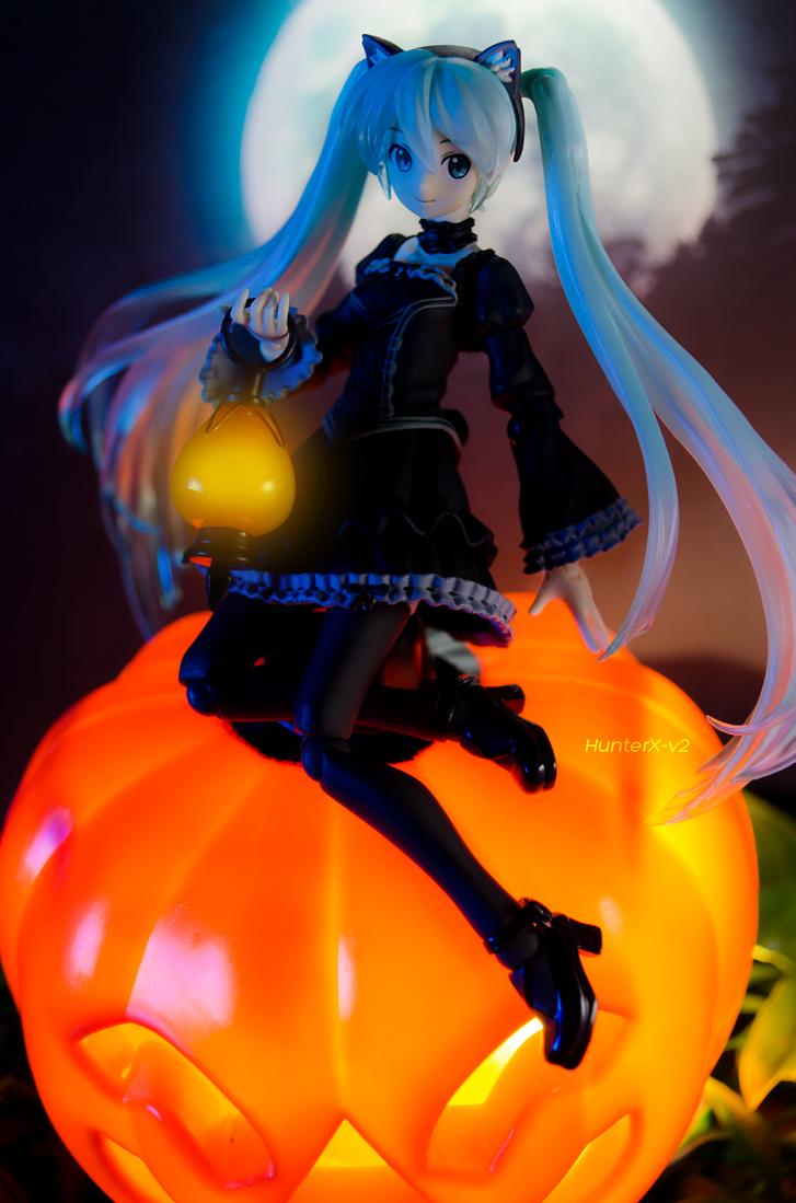 Halloween Miku by HunterX-v2