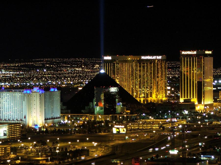 Wealthy casino owners las vegas bus casino charter mohegan sun