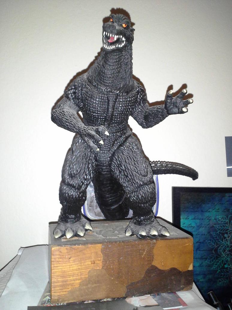 Godzilla air guitar by Koku-chan