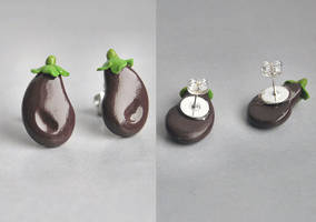 Eggplant Ear Studs by Madizzo