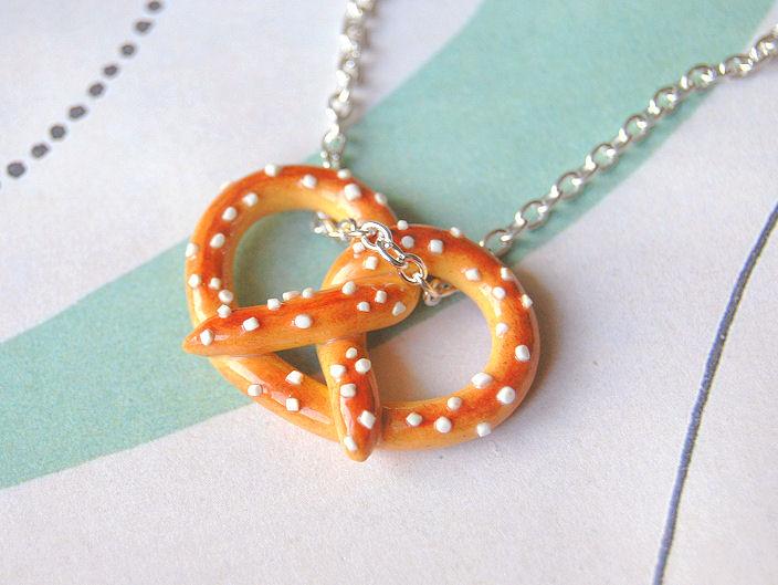 Pretzel Necklace by Madizzo