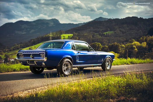 blue mustang coupe